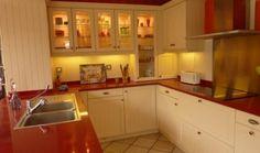déco cuisine rouge et beige