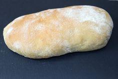 Vite fait et tellement simple qu'il devient facile de faire ses kebab à la maison. Ingrédients pour 6 pains àkebab: 300 ml d'eau 40 g d'huile