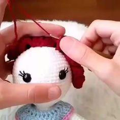 Crochet Dolls Free Patterns, Crochet Doll Pattern, Crochet Stitches, Free Crochet, Knit Crochet, Crochet Bunny, Lidia Crochet Tricot, Tutorial Amigurumi, Crochet Videos