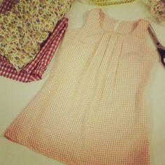 Vestido Nenita, de niña en vichy talla 4, aurita clara