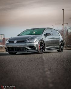 You miss all the shots you don't take, we're glad this one was taken 😍 @rs__kris (Instagram) sporting the V3 front splitter and side skirt diffusers on his facelift R 🔥 @lbrxk (Instagram) 📸 #Maxtondesign #MaxtondesignUK #VW #Volkswagen #R #Volkswagenr #Volkswagengolf #GolfR #Car #Cars #Automotive #Automobile #Carstyling #Bodykit Volkswagen Golf R, Diffusers, Automobile, Shots, Skirt, Cars, Instagram, Car, Autos