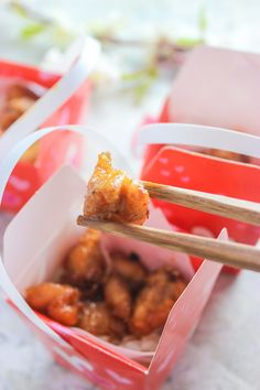 So, I was at the dollar store buying some Valentines Day props and stumbled upon these cute mini Chinese takeout gift bags. And I thought how cute will it be if you do a little appetizer for a… Sriracha Chicken, Take Out, Gift Bags, Dollar Stores, Appetizers, Chinese, Valentines, Baking, Mini