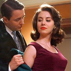 Mad Men Season 2 Episode Photos Pete Campbell (Vincent Kartheiser) and Trudy Campbell (Alison Brie) in Episode -- When you're too fab even for your man and you know ; Mad Men Party, Don Draper, Betty Draper, Jon Hamm, Madison Avenue, Retro Hairstyles, Wedding Hairstyles, Classic Hairstyles, Mad Men Hair
