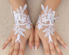 Free ship Ivory lace Wedding gloves bridal by ByMiracleBridal