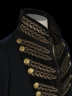 Commander's dress coat, Honourable East India Company, From the National. Commander's dress coat, Honourable East India Company, From the National Maritime Museum in Greenwich. Historical Costume, Historical Clothing, Military Fashion, Mens Fashion, Outfits Inspiration, East India Company, Frack, Period Outfit, Coat Dress