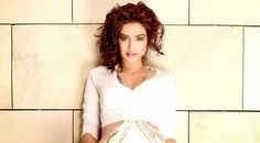 Sonam Kapoor to endorse Snickers?  http://www.bollywoodfull.com/2014/12/sonam-kapoor-to-endorse-snickers.html