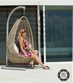 Качели JOURNEY- так приятно вспомнить тёплые деньки! Всегда на складе в Москве. Мебель выполнена из синтетического волокна REHAU, на алюминиевом каркасе. Модель дополнена подушками со съемными чехлами, из ткани SUNBRELLA #sunbrella  #skylinedesign #skldesign #skldr #outdoorfurniture #уличнаямебель #мебельизискусственногоротанга #садоваямебель #мебельдлягостиницы #мебельдляресторана #мебельдляулицы #sunbrella #horeca #хорека #rehau #мебельизротанга #мебельдлясада #лежак #дизайнинтерьера…