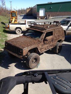 Jeep Cherokee lifted mud slut NLJO