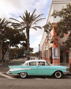 The other day we visited the Little Havana area of Miami. We enjoyed a traditional Cuban meal at . The food was… Downtown Miami, Miami Florida, Miami Beach, Miami City, Aesthetic Vintage, Aesthetic Photo, Aesthetic Pictures, Must Do In Miami, Paradis Tropical