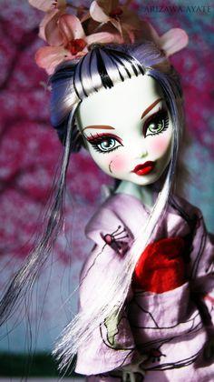 Monster High Doll Repaint~Frankie