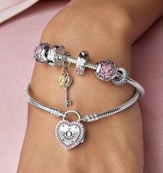 Show your love this Valentine's Day with the beautiful new Lock Your Promise Bracelet. #DOPandora | Shared from estore-us.pandora.net
