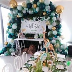 Dekoration Awesome Balloon coming Decor DIY Ideas inspirations Awesome DIY Balloon Decor Ideas Inspirations for Your Coming Party Safari Theme Birthday, Boys First Birthday Party Ideas, Wild One Birthday Party, Baby Boy First Birthday, Safari Party, Boy Birthday Parties, Birthday Party Decorations, Baby Boy Birthday Themes, Partys