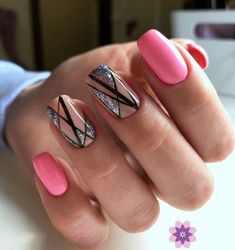 Gel Nail trends These days, a flowery manicure may be a should for several women. Of course, the wonders that trendy gel manicure suggests area Square Nail Designs, Short Nail Designs, Best Nail Art Designs, Manicure Gel, Gel Nail, Nail Trends 2018, Design Ongles Courts, Summer Nails 2018, Nail Art Design Gallery