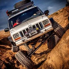 XJ Serious flexing