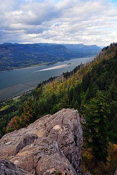 Angel's Rest - Hiking in Portland, Oregon and Washington