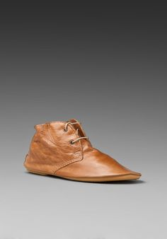 ANNIEL Desert Boot in Cuoio. May be modern, but it looks spot on medieval to me.