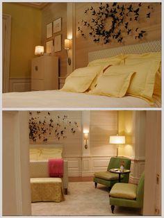 Gossip Girl- Serena's room. Absolutely love the butterflies.