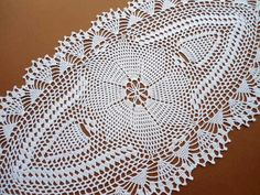 Oval crochet doily / tablecloth / lace runner / by kroshetmania