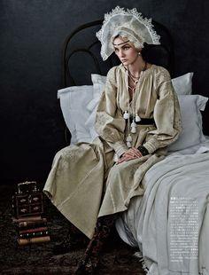 Caroline-Trentini-Vogue-Japan-Giampaolo-Sgura-04-620x816.jpg