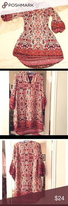 "SOUTH MOON UNDER Printed Boho Dress Terrific hi lo shirt dress. 33"" front Hem; 36"" back. 100% poly outer and lining.                          SHOP WITH CONFIDENCE 5 ⭐️Seller - ❤Read My Love Notes❤️ SUGGESTED USER CLOSET                           100's of listings sold *Fast Shipping* NO TRADES OR OFF POSH TRANSACTIONS South Moon Under Dresses"