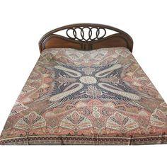 Amazon.com: Pashmina Bedspread Orange Black Reversible Blanket India... (5.775 RUB) ❤ liked on Polyvore featuring home, bed & bath, bedding, orange bedding, indian bedding, black bedding and india bedding