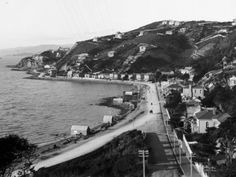 About Wellington City - Life's a beach in Oriental Bay - Wellington City Council. Looking east from Oriental Terrace circa 1895. Photo by Mr Rowe