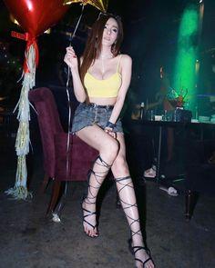 ✨☘️KHWANKANANG.B☘️✨ @supgalzjigkee - คิดถึงชั้นไหมคนดี...?❤Yooying Knee Boots, Sexy, Pretty, Women, Style, Fashion, Swag, Moda, Fashion Styles