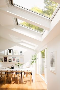 Top 3 tips for creating a light filled house extension Your new extension will add space, but nobody wants space dark and uninviting! These are my top 3 tips for creating a light filled extension. Scandinavian Interior Design, Home Interior Design, Interior Ideas, Exterior Design, Scandinavian Bedroom, Interior Modern, Scandinavian Style, Scandinavian Windows, Scandinavian Architecture