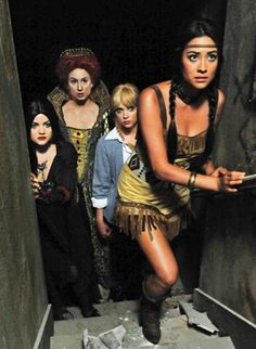 pretty little liars halloween episode 2011 - Pretty Little Liars First Halloween Episode
