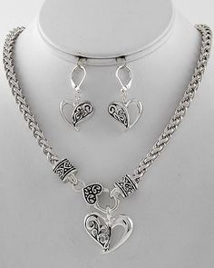 Bright and Burnished Silver Tone Chain Open Heart Filigree Necklace Earrings Set #LisasJewelryBoutique #StatementNecklace