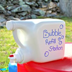 Are you planning on having an outdoor birthday party? Check out this bubble refill station! All you need is an empty laundry detergent container and some bubble soap!