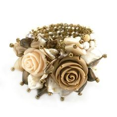HERSTORY Design bracelet. Yummy roses: coffe with milk, toffi, caramel, cream... isn't it tasty? Pearls, nacre, glass, wood, resin, shells.