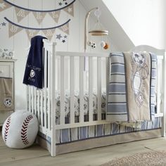 11 besten nursery bilder auf pinterest kleinkinderzimmer - Baby jungenzimmer ...