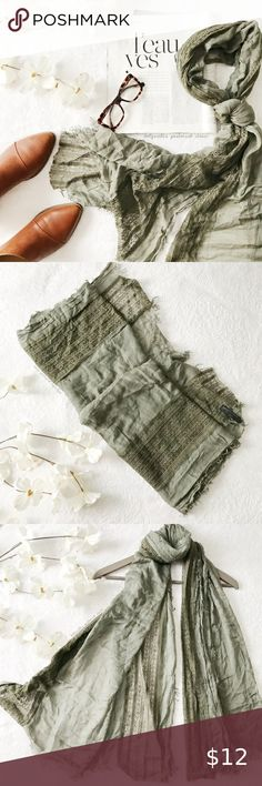 I just added this listing on Poshmark: Pretty Green Lace Raw Hem Scarf. Plus Fashion, Fashion Tips, Fashion Design, Fashion Trends, Best Diamond, Pretty Green, Green Lace, Shades Of Green, Professional Photographer