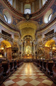 Peterskirche, Catholic Church, Vienna, Austria, by pedro lastra Sacred Architecture, Church Architecture, Religious Architecture, Amazing Architecture, Landscape Architecture, Old Churches, Catholic Churches, Monuments, Cruise Europe