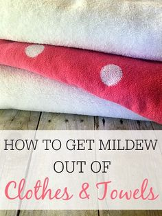 Do your clothes smell of mold and mildew? Check out this simple tip on how to remove mildew smell from clothes and towels. Hint: It only takes 1 ingredient! Smelly Clothes, Washing Clothes, Removing Mildew From Clothes, Remove Mildew Stains, Mold And Mildew, Cleaners Homemade, Diy Cleaners, House Cleaners, Tips