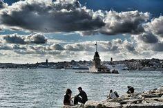 這裡的主角是天空、是仙女塔、是海景,還有人們。 ©Merve Ergü