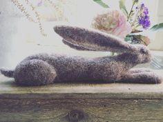 This little one is in my Etsy shop #etsy #hares #haresofinstagram #rabbitsofinstagram #cute #live #picoftheday #needlefelting #needlefelt…