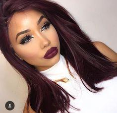 Burgundy Hair Color Ideas: Best Hairstyles for Maroon Hair (March - Hair - Hair Colors Pelo Color Vino, Pelo Color Borgoña, Burgundy Hair Dye, Hair Color Purple, Burgundy Color, Dark Maroon Hair, Brown Eyes Hair Color, Red Hair On Dark Skin, Colorful Hair