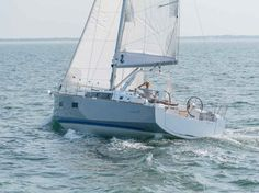 Beneteau Oceanis 38 (2014); love the 3-cabin option