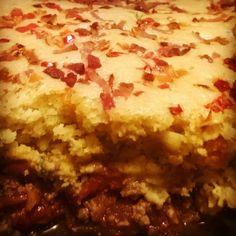 Chili Pie topped with Dairy Free Cornbread  #dairyfree #cornbread #chili #casserole https://carajuanakitchen.wordpress.com/2015/02/09/chili-pie-with-dairy-free-corn-bread/