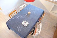 Nappe rectangulaire imprimée à la main 100% par TRACEtextileshop Furniture, Etsy, Home Decor, Products, Tie Dye, Hands, White People, Decoration Home, Room Decor
