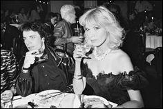 Amanda Lear & Alain-Philippe Malagnac d'Argens de Villèle at Le Palace, Paris, 1980 Le Palace, S Icon, High Society, Paris, The Dreamers, Amanda, People, Actresses, Concert