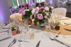 Décoration de mariage - Pivoines, chemin de table jute, rose, beige