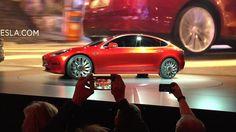 Ya ha batido un récord antes de circular por las calles. El Tesla Model3 ha conseguido 400.000 reservas en veinte días. De hacerse efectiva su compra, será el coche que más rápido se ha vendido en la...