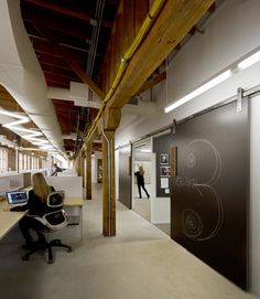 Tris3ct office by Twofold Studio Chicago Illinois