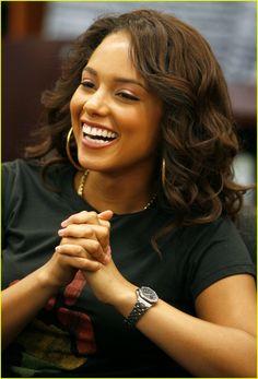 "Alicia Keys                                                                                                                                                      Más  ╬¢©®°±´µ¶ą͏Ͷ·Ωμψϕ϶ϽϾШЯлпы҂֎֏ׁ؏ـ٠١٭ڪ۞۟ۨ۩तभमािૐღᴥᵜḠṨṮ'†•‰‴‼‽⁂⁞₡₣₤₧₩₪€₱₲₵₶ℂ℅ℌℓ№℗℘ℛℝ™ॐΩ℧℮ℰℲ⅍ⅎ⅓⅔⅛⅜⅝⅞ↄ⇄⇅⇆⇇⇈⇊⇋⇌⇎⇕⇖⇗⇘⇙⇚⇛⇜∂∆∈∉∋∌∏∐∑√∛∜∞∟∠∡∢∣∤∥∦∧∩∫∬∭≡≸≹⊕⊱⋑⋒⋓⋔⋕⋖⋗⋘⋙⋚⋛⋜⋝⋞⋢⋣⋤⋥⌠␀␁␂␌┉┋□▩▭▰▱◈◉○◌◍◎●◐◑◒◓◔◕◖◗◘◙◚◛◢◣◤◥◧◨◩◪◫◬◭◮☺☻☼♀♂♣♥♦♪♫♯ⱥfiflﬓﭪﭺﮍﮤﮫﮬﮭ﮹﮻ﯹﰉﰎﰒﰲﰿﱀﱁﱂﱃﱄﱎﱏﱘﱙﱞﱟﱠﱪﱭﱮﱯﱰﱳﱴﱵﲏﲑﲔﲜﲝﲞﲟﲠﲡﲢﲣﲤﲥﴰ﴾﴿ﷲﷴﷺﷻ﷼﷽ﺉ ﻃﻅ ﻵ!""#$1369٣١@^~"
