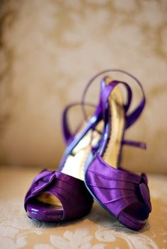 Mother of the Bride Shoes For the mother of the bride, shoes are perhaps the most important part of her entire ensemble. Purple Love, Purple Lilac, All Things Purple, Purple Rain, Purple Style, Purple Bridal Shoes, Purple Heels, Purple Wedding, Purple Sandals