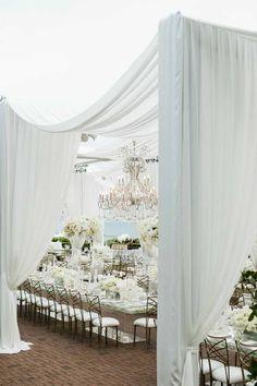 Elegant Outdoor California Wedding with White Glamour from Samuel Lippke - MODwedding Mod Wedding, Wedding Reception, Wedding Venues, Dream Wedding, Reception Ideas, Wedding Locations, Wedding Themes, Wedding Decorations, Wedding Destinations