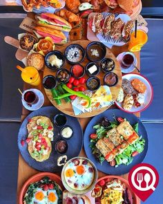 Breakfast Types – Karafırın / İstanbul (Brandium AVM – A … – Clock Ideas Breakfast Around The World, Turkish Recipes, Ethnic Recipes, Bagel Bar, Turkish Restaurant, Turkish Breakfast, Iranian Food, Cooking Recipes, Healthy Recipes